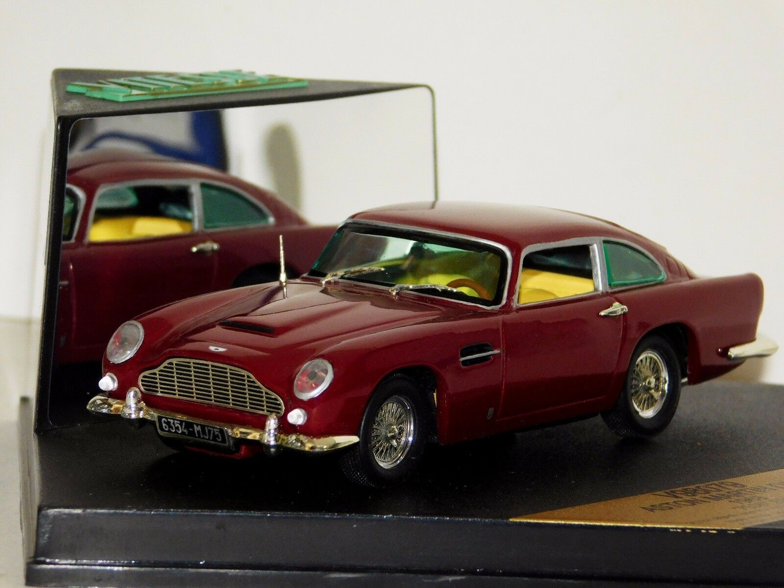 Aston Martin Db5 For Sale Ebay >> Aston Martin Db5 1963 Peony Red Vitesse V98079 1 43 Mint Ebay
