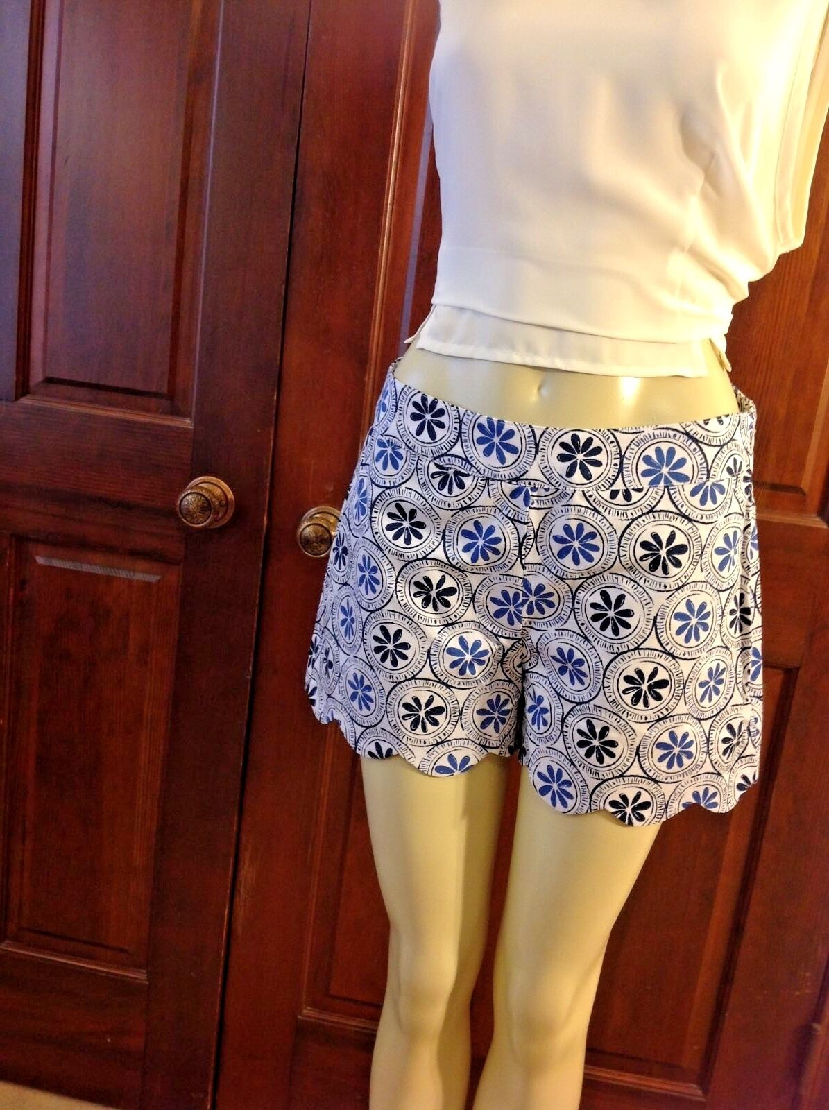 Mud Pie Womens Shorts Size Small 4 6 Blue Scalloped Serena Cotton
