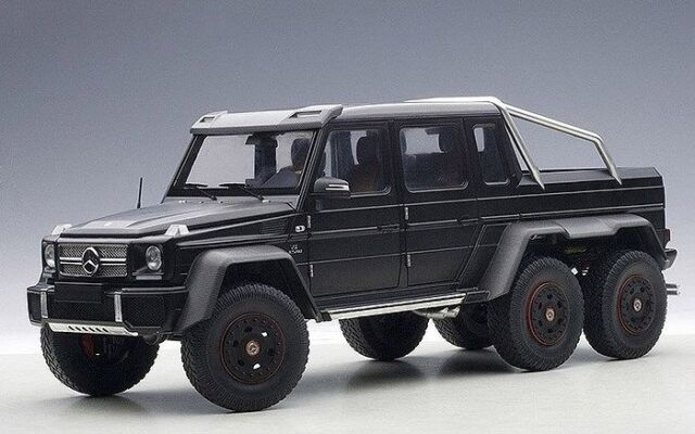autoart 1 18 mercedes benz g63 amg 6x6 black ebay. Black Bedroom Furniture Sets. Home Design Ideas