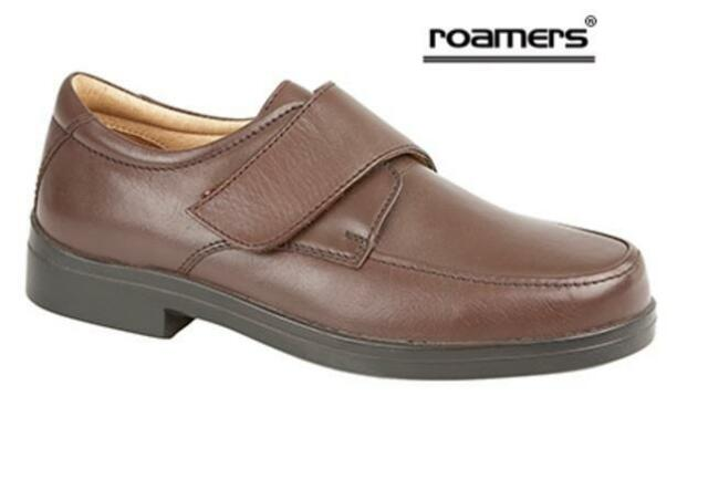 Men's  Roamers Extra Wide Shoe Brown Size 8