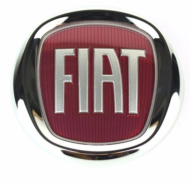 genuine fiat 500 500c front bumper badge grille emblem replacement 51804366 ebay. Black Bedroom Furniture Sets. Home Design Ideas