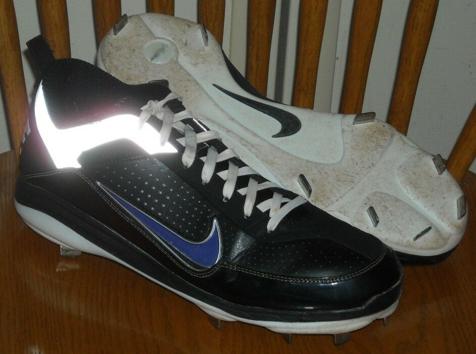 nike air cross trainer baseball metal on sale