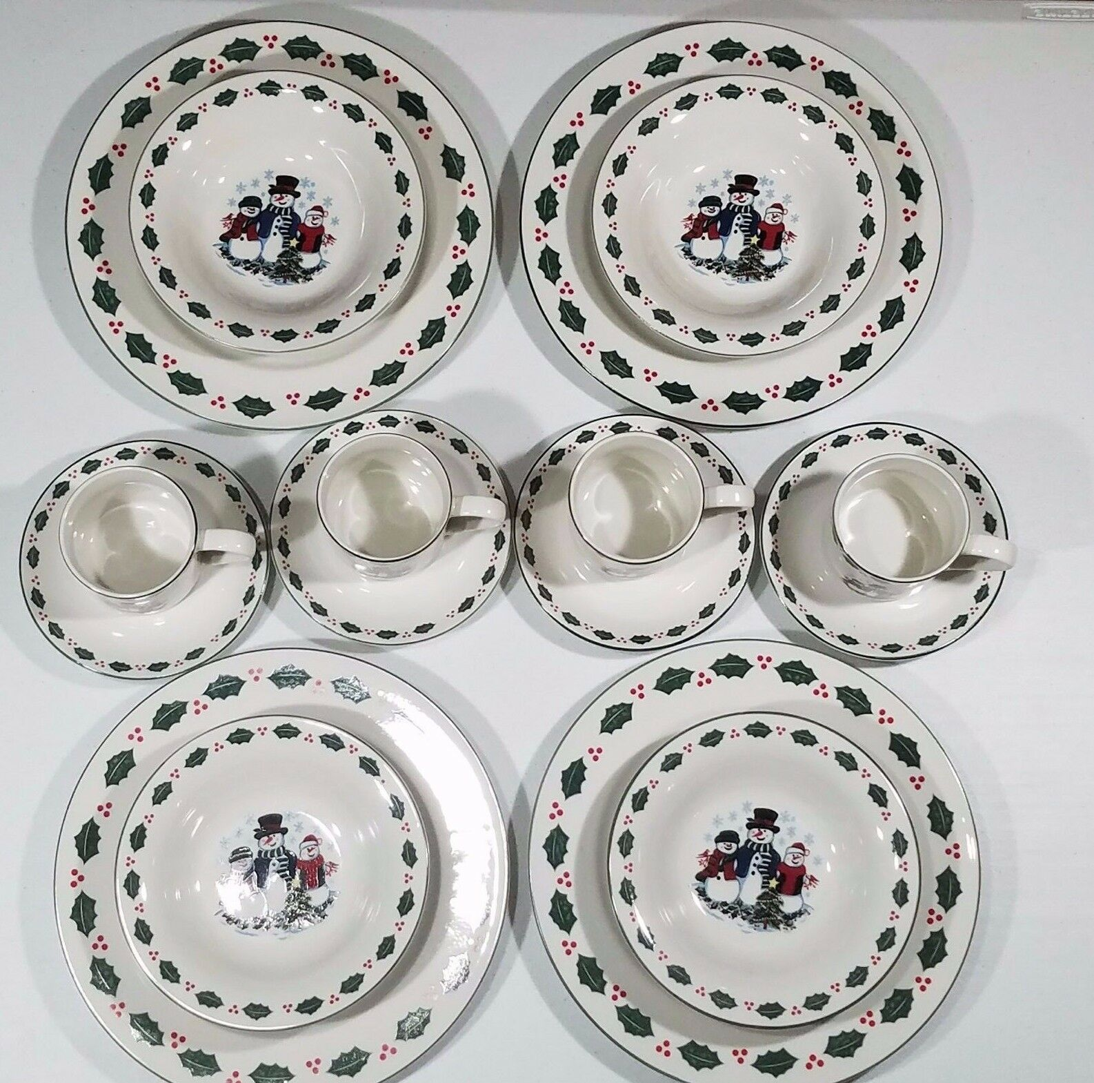 Picture 1 of 8 ...  sc 1 st  eBay & Snowman 16 Piece Holiday Christmas Dinnerware Service for 4 Set | eBay