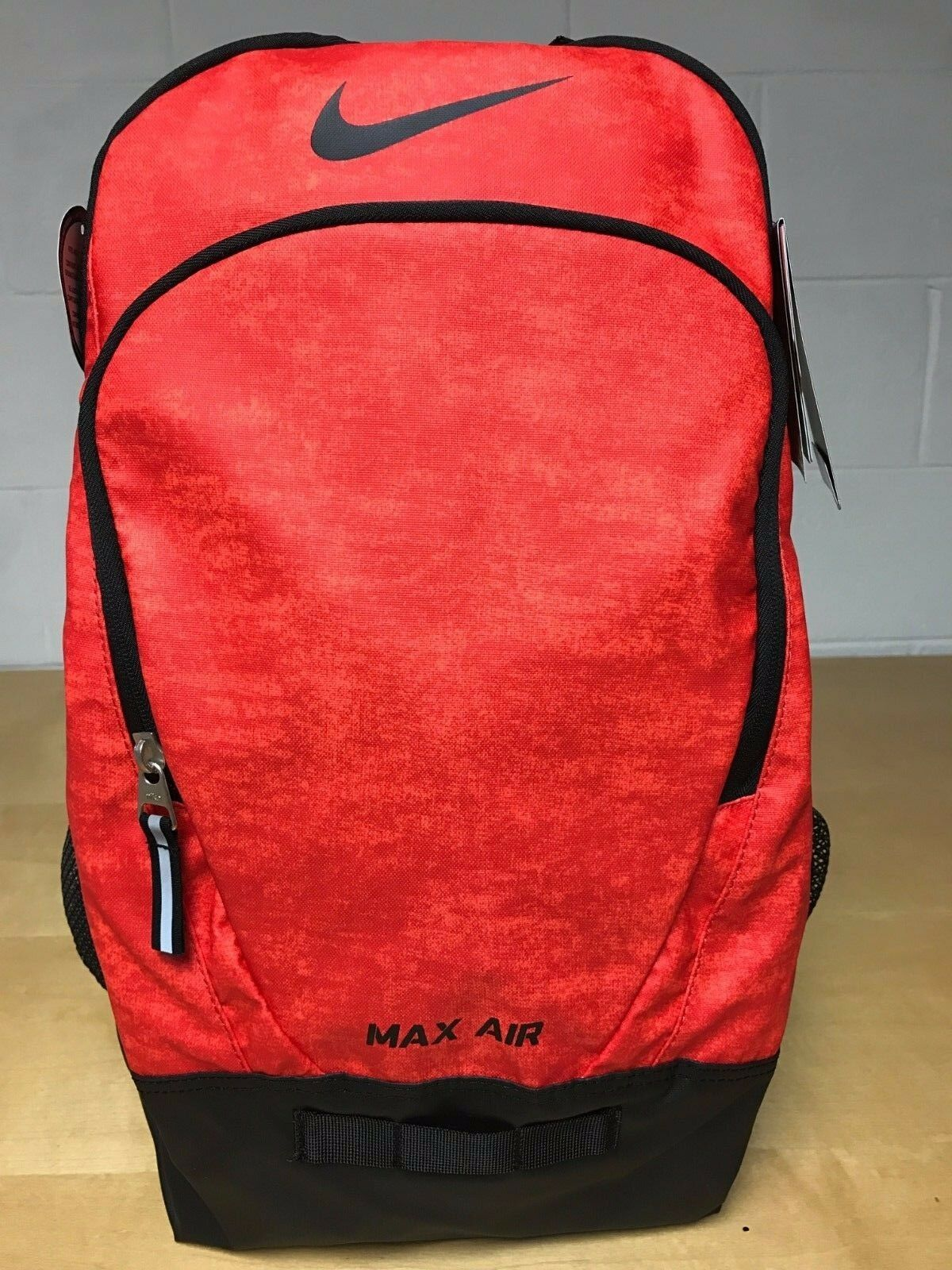 Nike Max Air Vapor Backpack Red 028389e149d14
