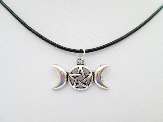 Silver pentacle pentagram wiccan triple moon goddess pendant charm silver pentacle pentagram wiccan triple moon goddess pendant charm necklace ebay aloadofball Image collections