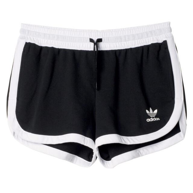 Acquista nuovi pantaloncini adidas  ee8e95a3ccfe