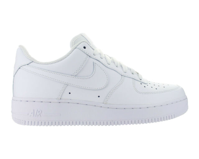 Nike AirForce 1 07 AF Low All White - Men