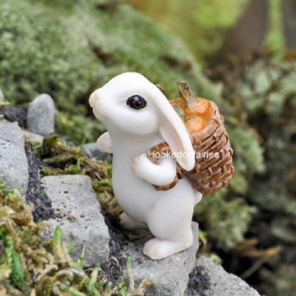 Miniature Bunny Rabbit W Carrot GO 17449 Georgetown Fairy Garden Dollhouse