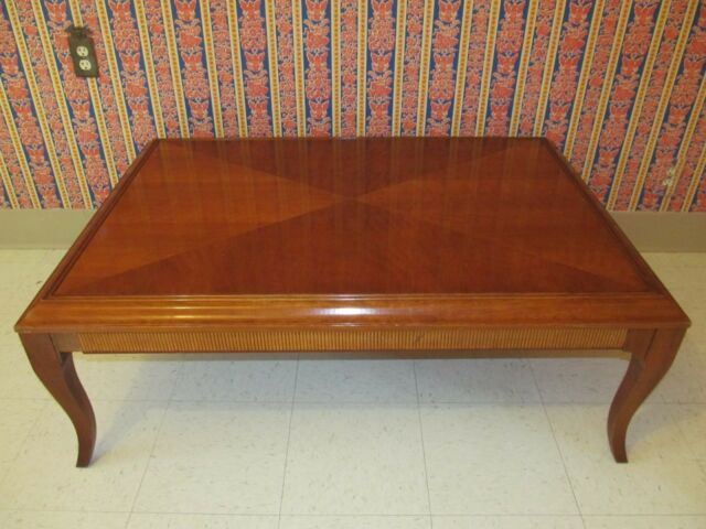 Ethan Allen Coffee Table Medallion Collection With Cosmetic Wear 25 8401