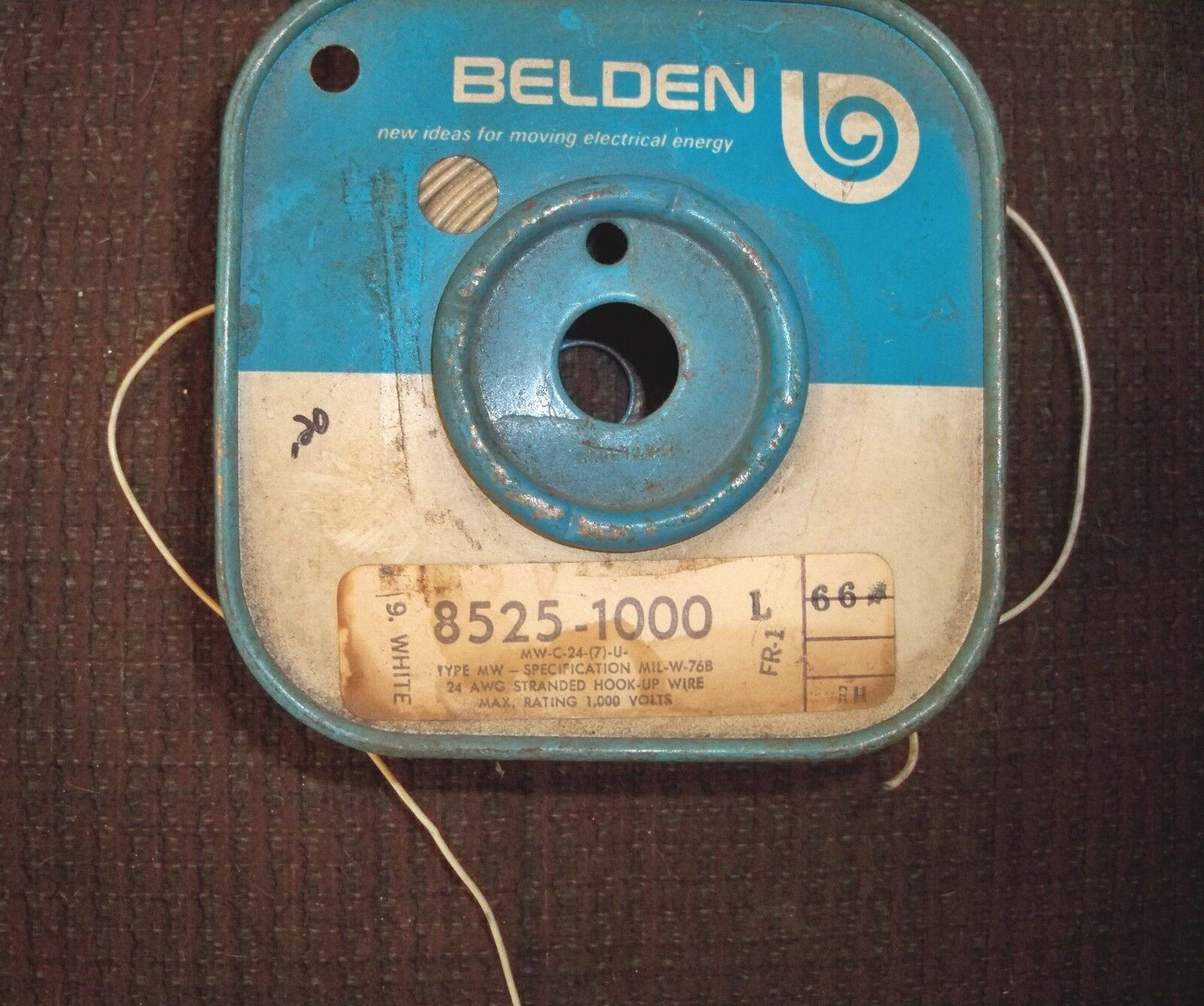 10ft Belden 24 AWG Stranded Hook-up Wire - Max Rating 1000 Volts ...