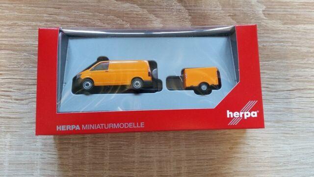 HERPA 093071 - 1/87 VW T6 TRANSPORTER MIT PLANEN-ANHÄNGER - NEU
