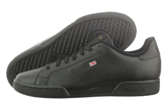 black classic reebok shoes