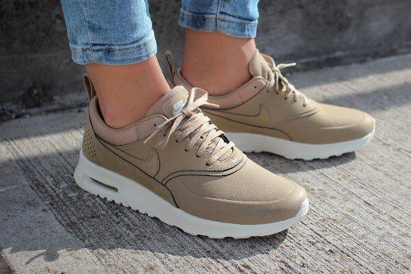 air max thea premium leather beige