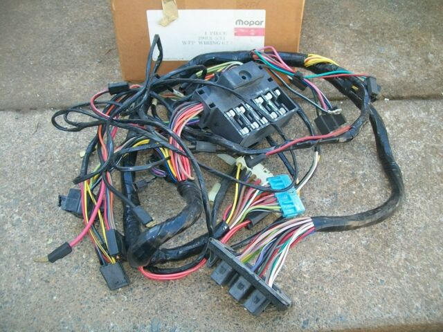 s l640 nos mopar 1970 dodge dart dash wiring harness w fuse block 1970 dodge dart wiring harness at soozxer.org