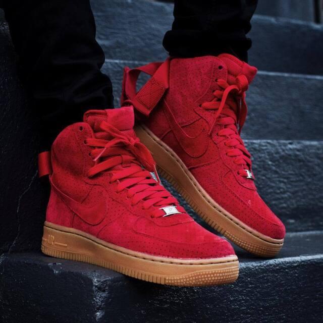 Nike Wmns Air Force 1 5s Rouge Salut En Daim