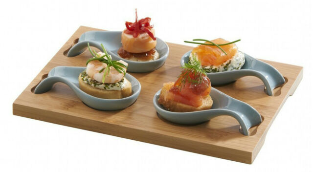 Typhoon set 4 mini spoon tasting platter canapes amuse for Plastic canape spoons