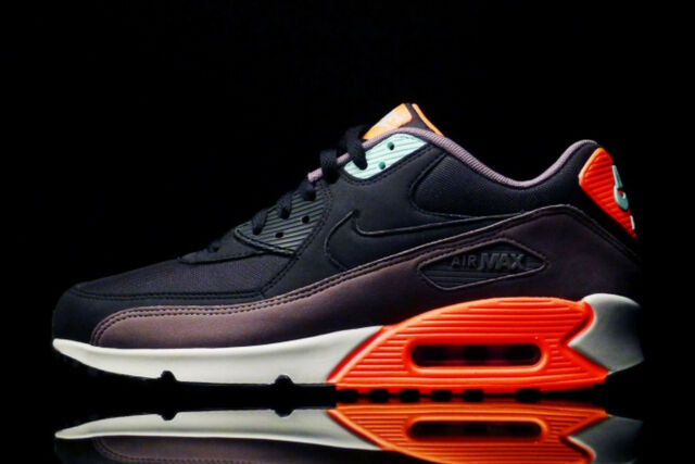 new concept 68954 a2bbe Nike Air Max 90 OG Nike Air Max 90 Essential shoe size 9.5 537384-036 Mens  BlackHyper Crimson .