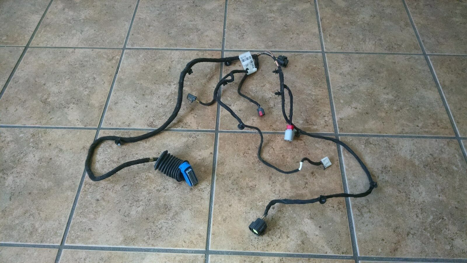 Oem 2012 Fiat Driver Side Door Wiring Harness With Power Window Picture 1 Of 4