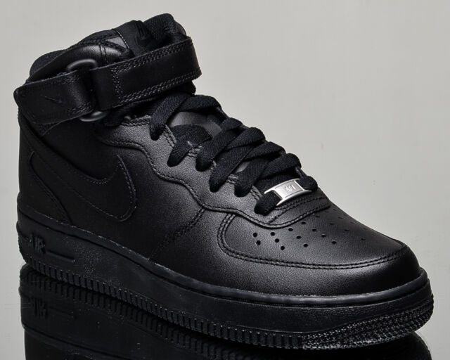 Nike Women -  Nike Air Force 1 Mid Casual Shoes in Black/Black