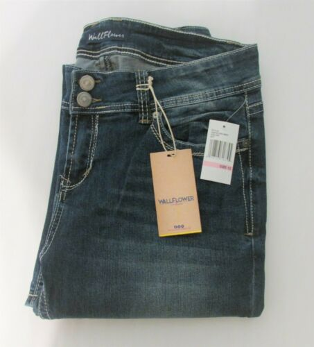 2fa44762 Wallflower Junior Girls' Basic 2-Button Curvy Stretch Bootcut Jeans - Size  13