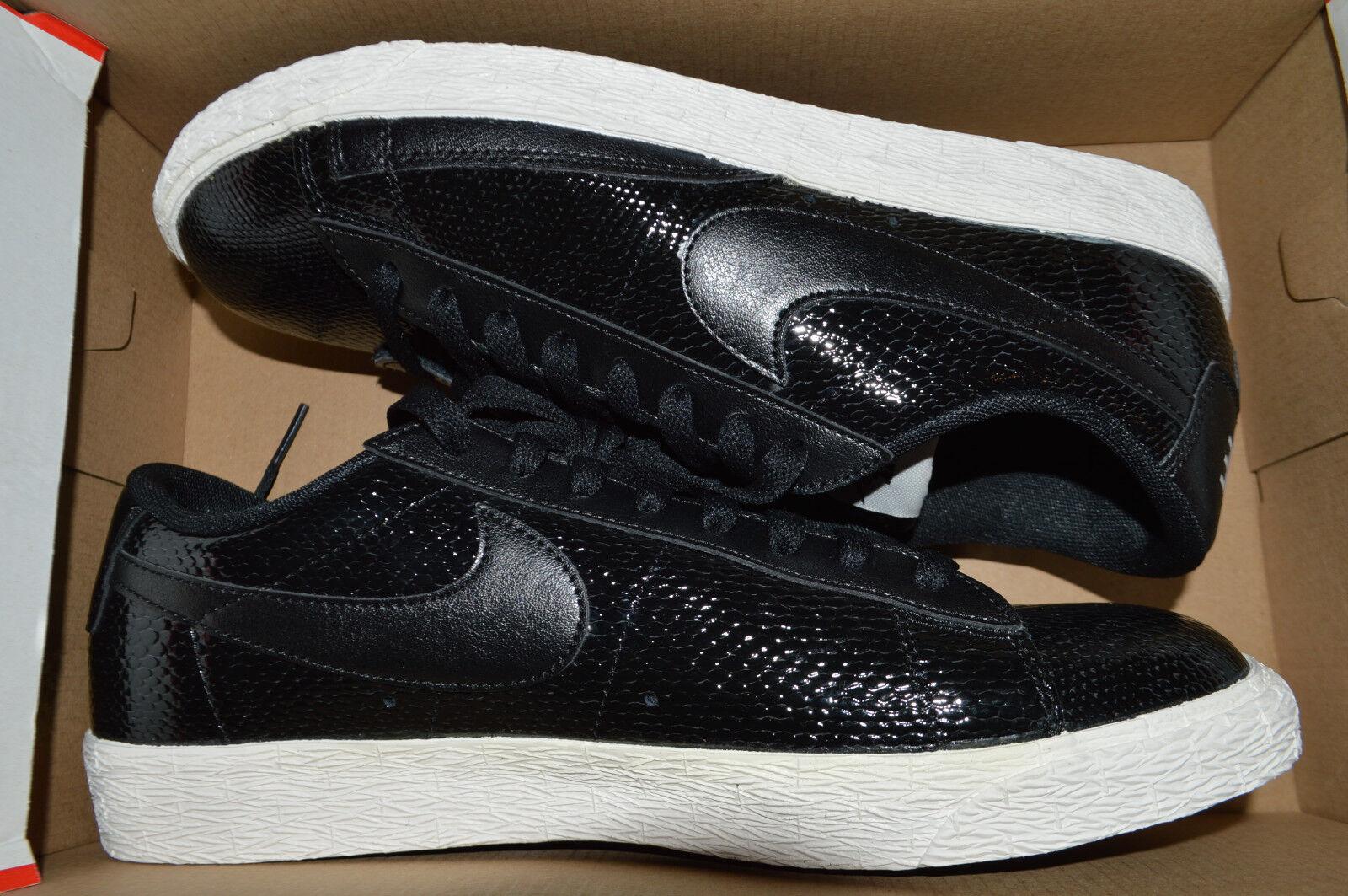 Nike Para Mujer De Cuero Bajo La Chaqueta