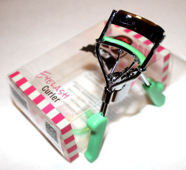 Eyelash Curler By Stella With No Slip Grip And High Quality Design