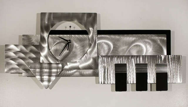 Large Silver Wall Decor: Large Silver/black 3d Wall Clock