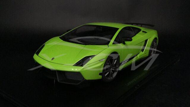 Car Model AUTOART 1:18 Lamborghini Gallardo LP570 4 Superleggera (Green) +