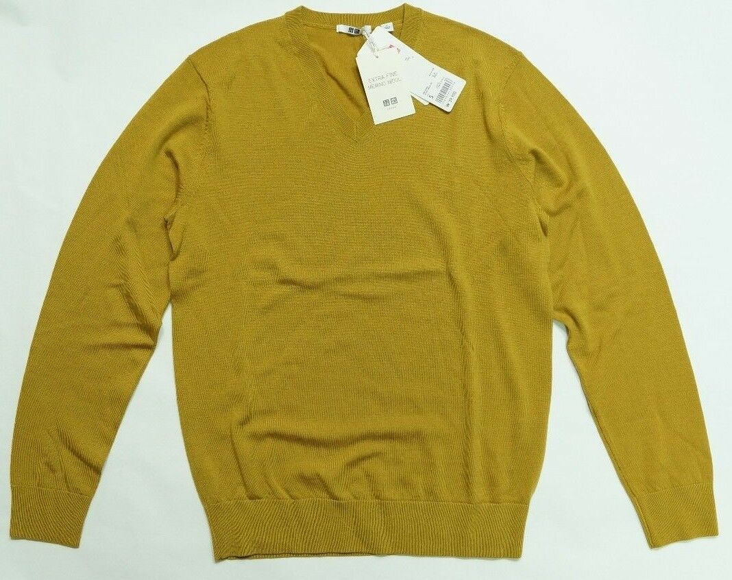 Uniqlo Men Extra Fine Merino Wool V Neck Sweater Long Sleeve ...