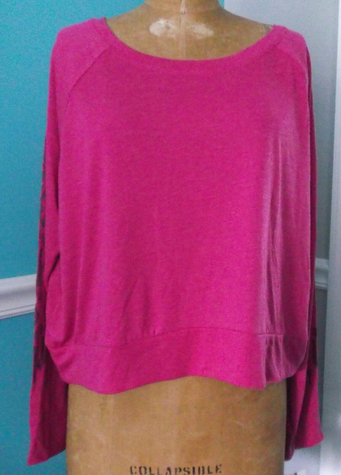 267468b3f865c Women S Gaiam Reveal Yoga Shirt Studio 2 Street Long Sleeve Pink