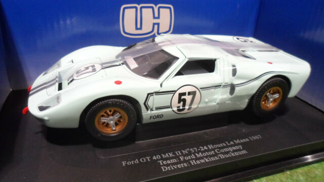 FORD GT 40 MKII LE MANS 1967 #57 vert o 1/18 UNIVERSAL HOBBIES voiture miniature