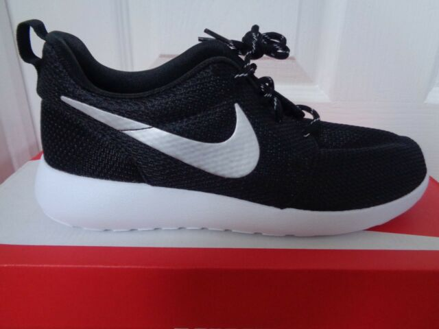 Nike Roshe One Da Donna Ginnastica 511882 094 UK 4.5 EU 38 US 7 Nuovo Scatola