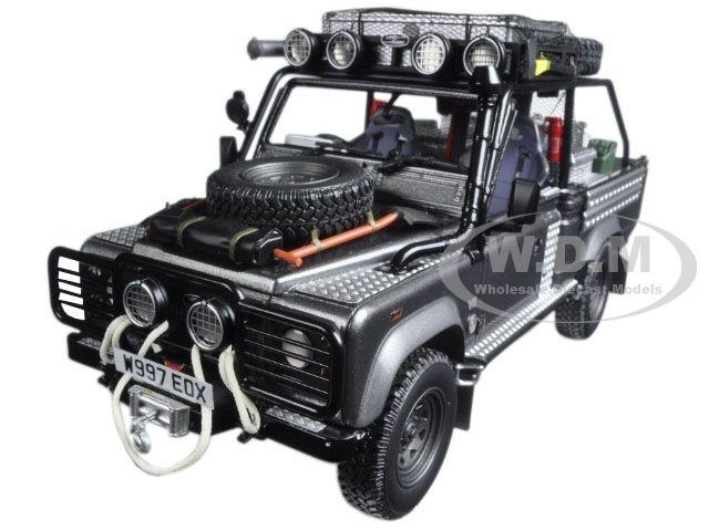 Kyosho Land Rover Defender Movie Edition Tomb Raider Lara Croft Model Car 1 18 Ebay