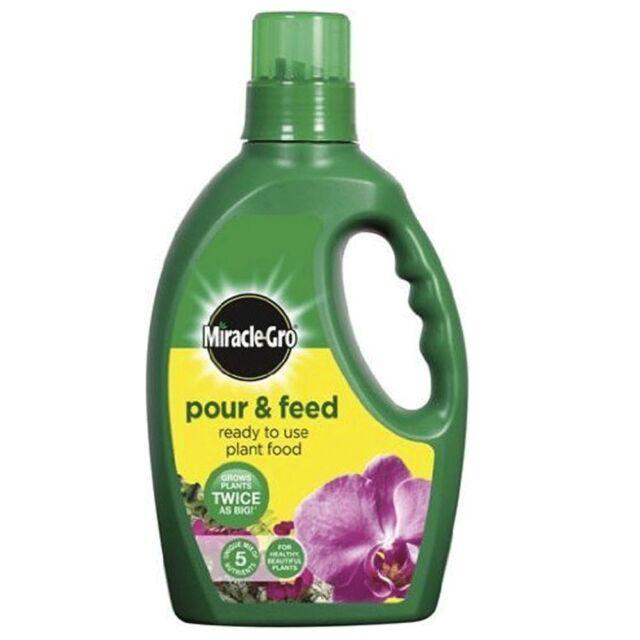 Miracle-Gro Pour & Feed Plant Food 1L Garden Fertiliser Grow Soil Improvement