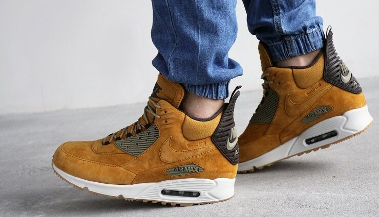 air max 90 sneakerboot wheat pack