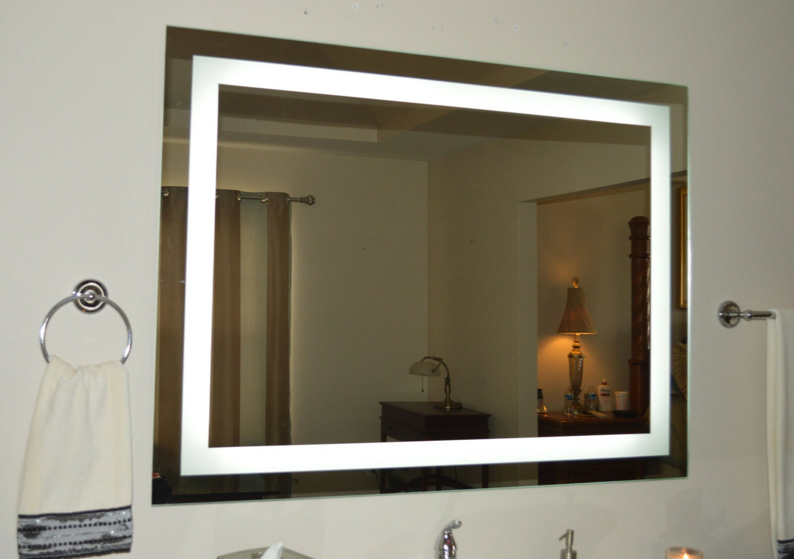 Lighted Bathroom Vanity Mirror LED Wall Mounted Hotel Grade Mam84832 ...