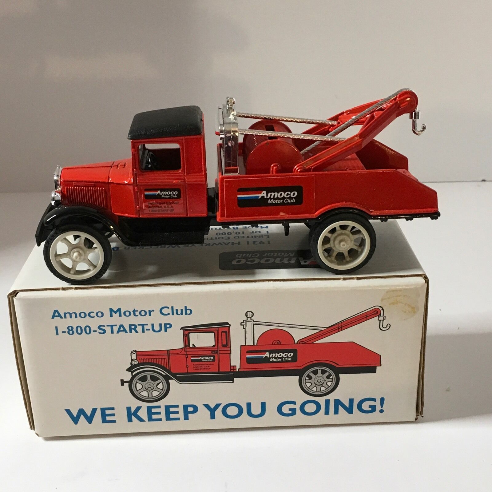 Ertl Amoco Motor Club 1931 Hawkeye Wrecker Die cast Metal Bank Tow