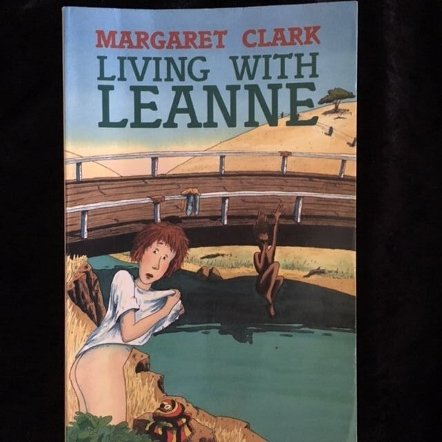 LIVING WITH LEANNE by Margaret Clark (Paperback, 1994) VERY GOOD CONDITION
