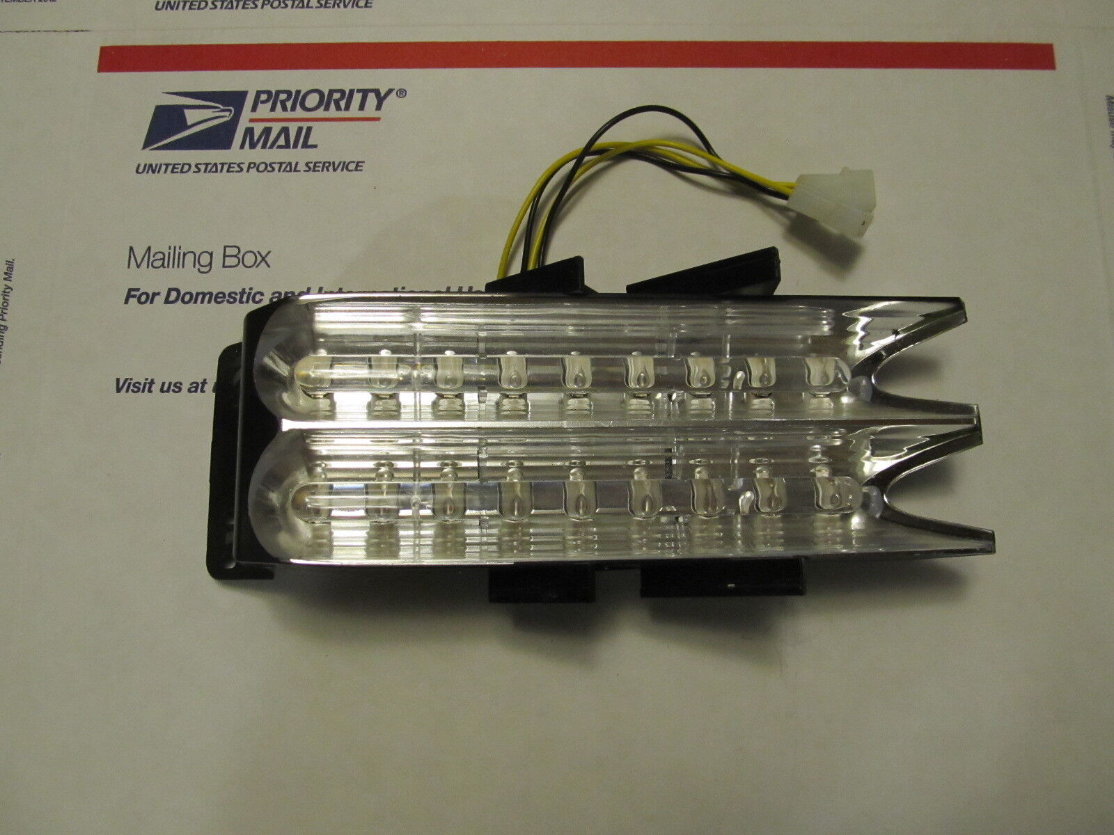 Whelen freedom super led corner module lin18aa 9 over 9 amber 01 picture 1 of 2 sciox Gallery