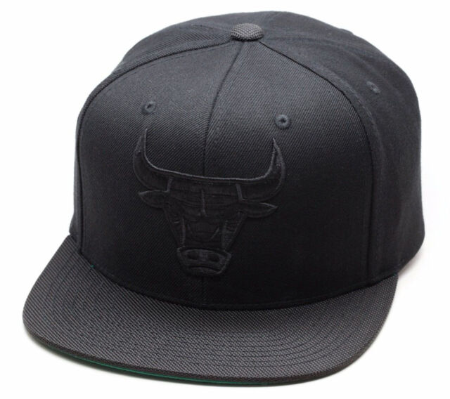 3d6122924e4 ... canada mitchell ness chicago bulls snapback hat all black black  ballistic nylon visor 33dae 23db6