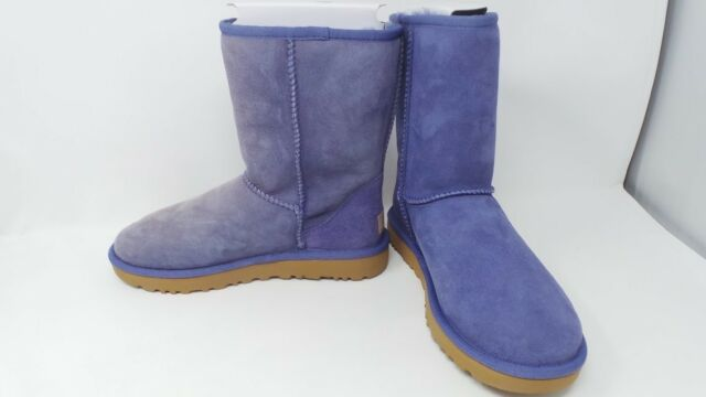 Womens UGG Classic Short II Boots Style 1016223 Size 5 Pajama Blue W106