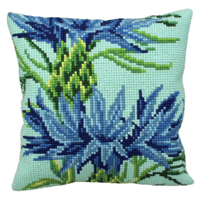 Collection dArt Blueberry Cushion Cross Stitch Kit