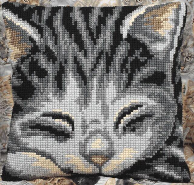 Collection D'Art - Cross Stitch Cushion Front Kit - Jasmine - Cat - CD5082