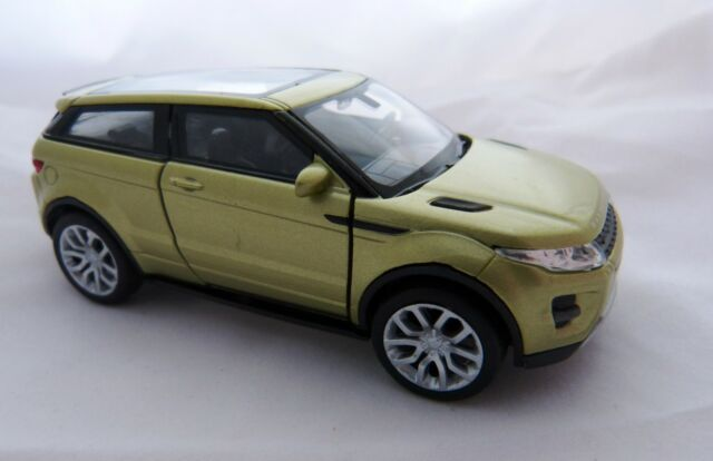 Welly Land Rover Range Rover Evoque in hell grün met ca.11,5 cm lang