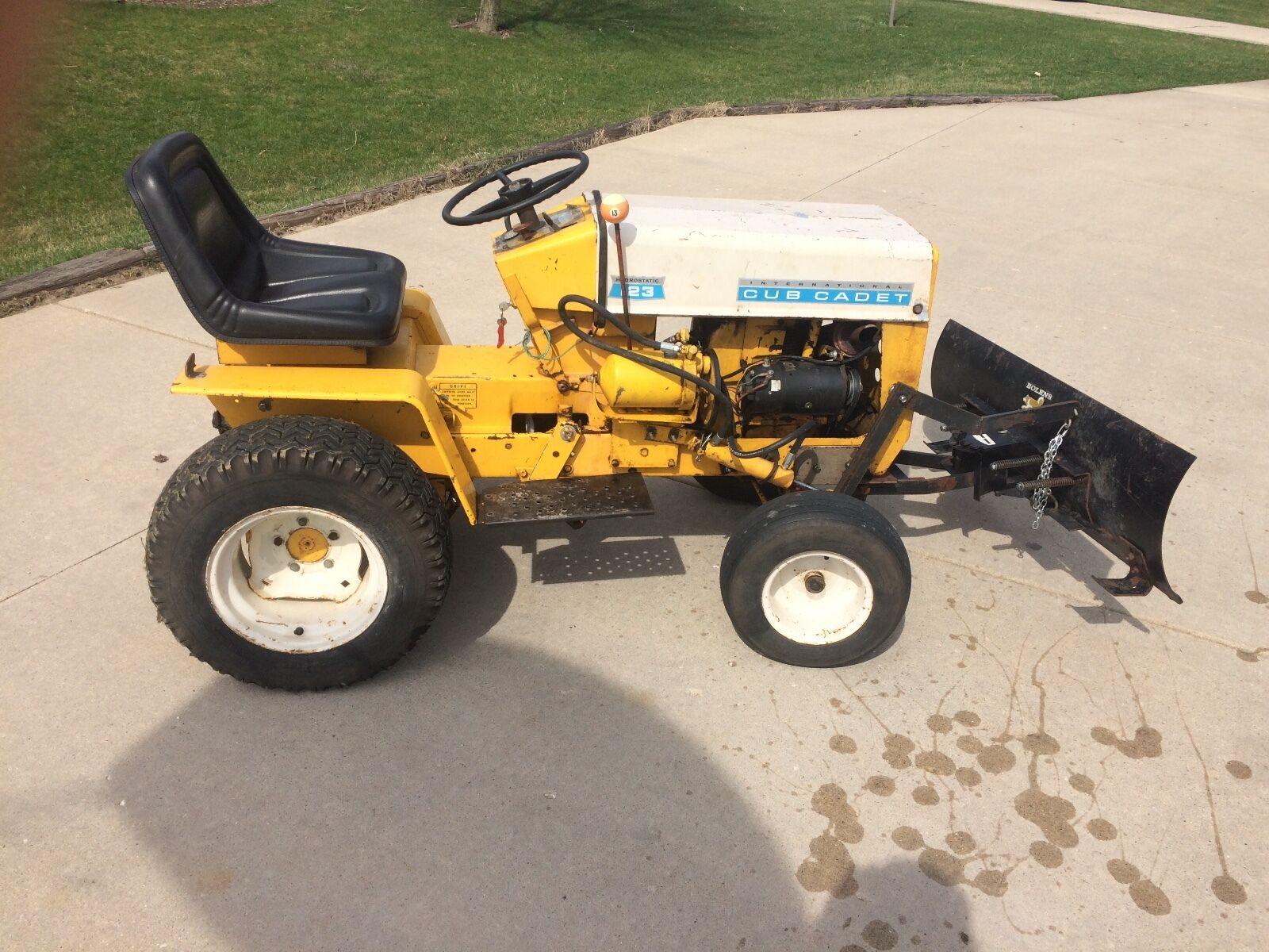 Cub Cadet 123 Garden Tractor