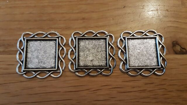 Dolls House Square Twist Photo Frames X3 1 12th Scale Ornament ...