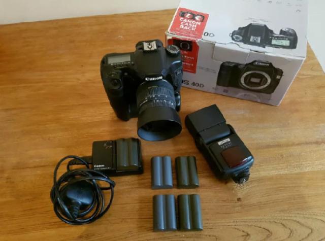 Canon EOS 40D 10.1MP Digital SLR Camera, Sigma 18-50 Lens and Accesssories