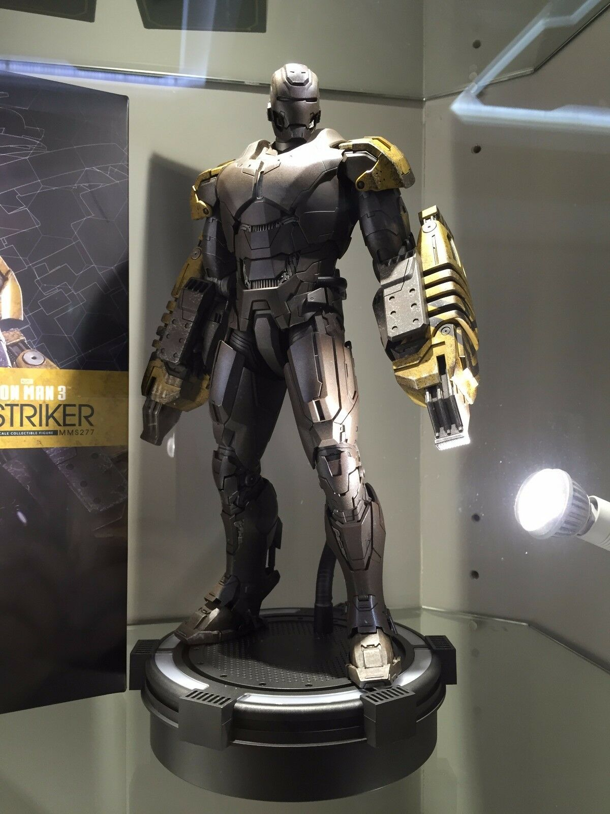 Iron Man Striker Hot Toys Mark 25 Side Show Action Figure Mms277 Ebay