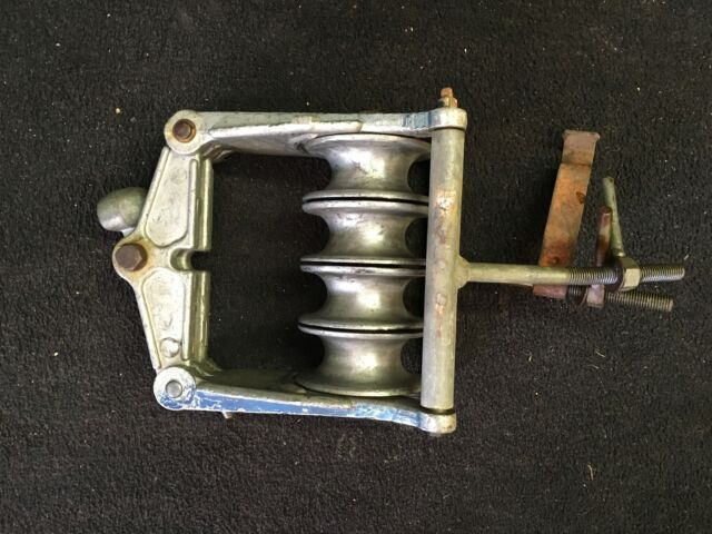 Campbell 4 Sheave Bundled Conductor Block With Cross Arm Mounting ...