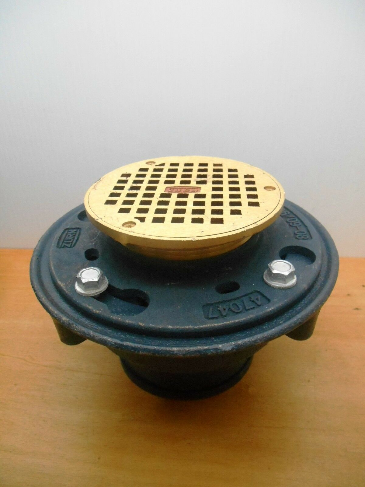Item 3 ZURN Z415B HD FLOOR/SHOWER DRAIN WITH 5u201d B STRAINER BRONZE 3u201d NL  OUTLET  ZURN Z415B HD FLOOR/SHOWER DRAIN WITH 5u201d B STRAINER BRONZE 3u201d NL  OUTLET